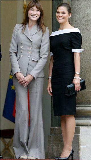 Je to neuveriteľné, ale až doteraz nosili dámy vo Francúzsku nohavice nelegálne! Zákon z roku 1799, ktorý im to zakazoval, zrušili len pred pár dňami.