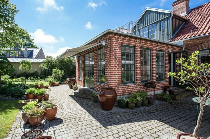 Vacker tillbyggnad / Vinterträdgård