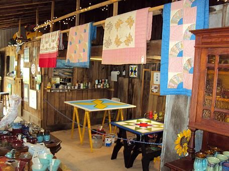 Slick Rock Country Emporium, Local Art, Pottery, Barn Quilts | About
