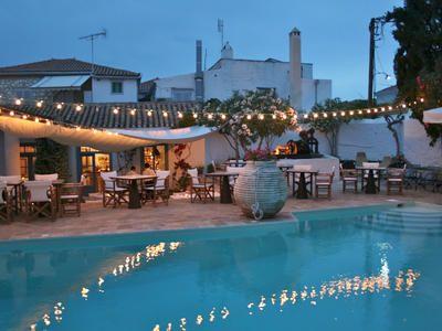 Bratsera Restaurant of the Brastera Hotel in Hydra Town, Hydra Island Greece, Hydra restaurants, restaurants in Hydra