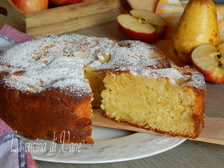 torta di mele e pere con mascarpone, ricetta per una torta cremosa, umida che si scioglie in bocca, la torta per la merenda e la colazione, facile da fare,