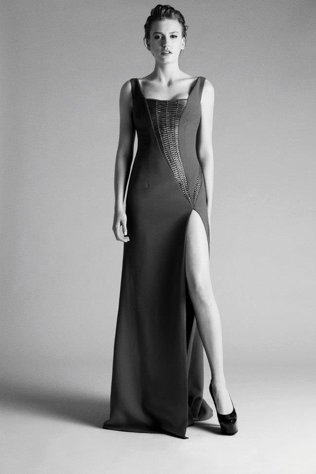Serenay Sarıkaya / ELLE Style Awards Kadın Oyuncu adayı / Oy vermek için: http://styleawards.elle.com.tr/Vote.aspx?ID=1