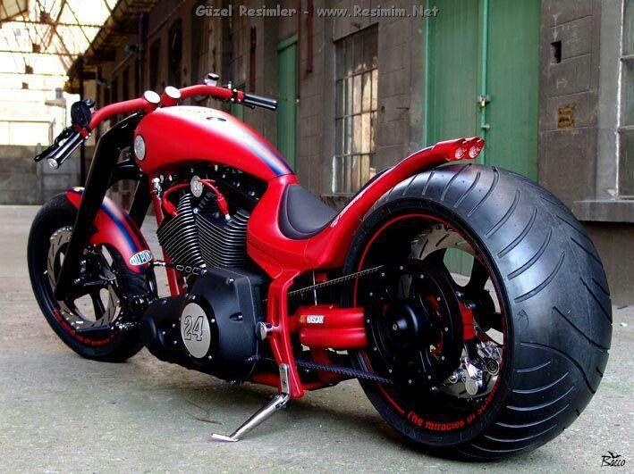 Nice, custom Harley!