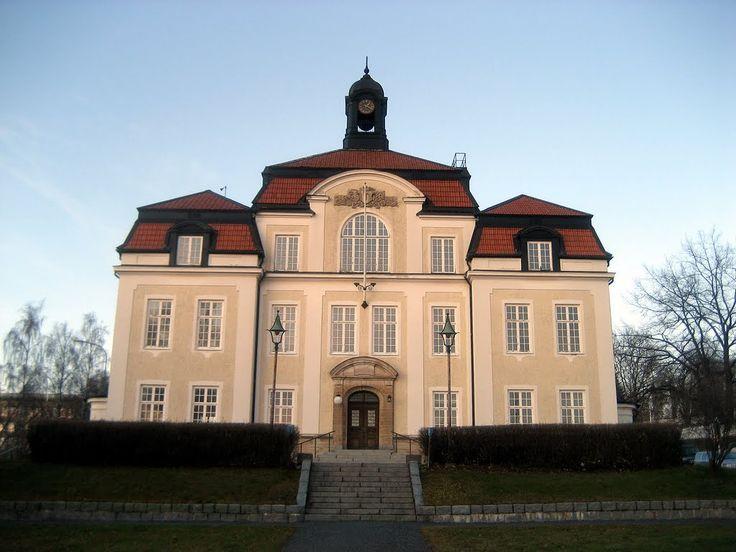 Örnsköldsviks rådhus - my old school
