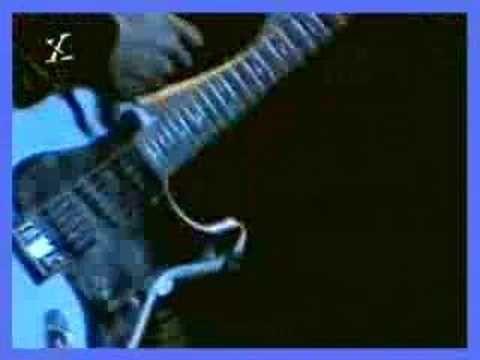 Ozzy Osbourne - Iron Man - Rock in Rio, em janeiro de 1985 - YouTube