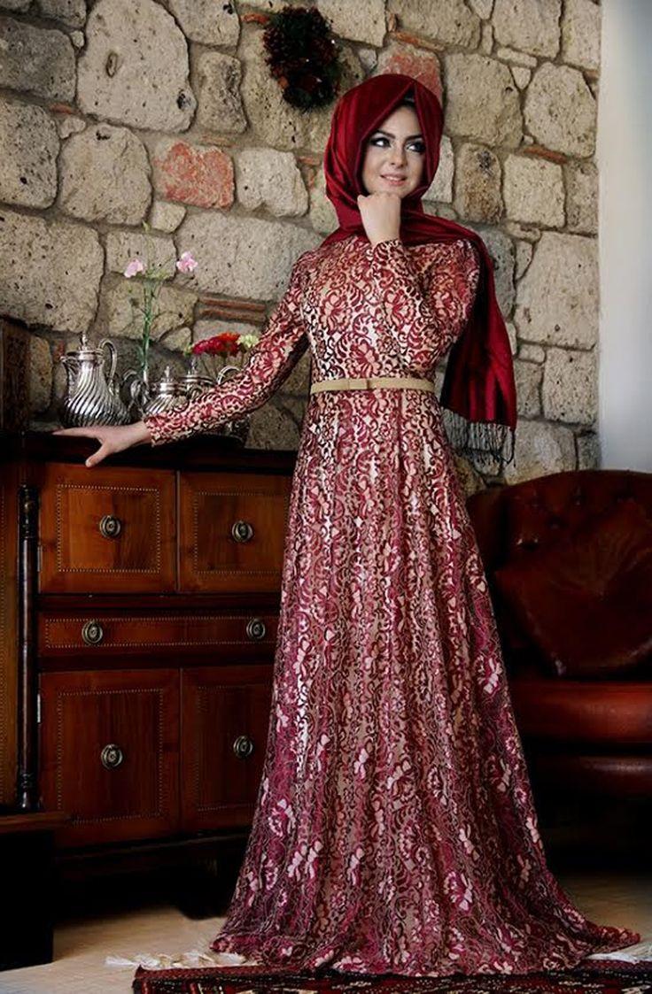 Pınar Şems - Esra Dantel Abiye Bordo