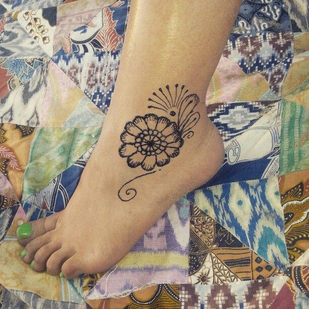 #Henna #foot #simple