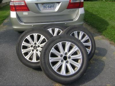 "Lot #44: Honda Odyssey Touring Edition 17"" Aluminum Rims Set of 4 - Auctacity"