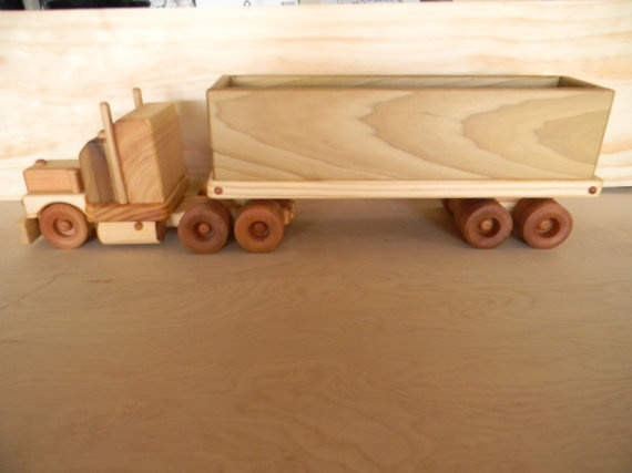 "Wooden Toy truck ""BIG"" 18 Wheeler Coal Truck 