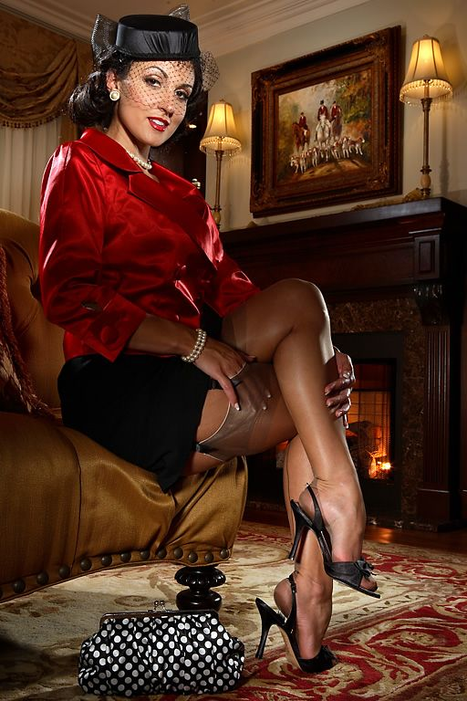 Her Gentlemens club for pantyhose legs that's nice