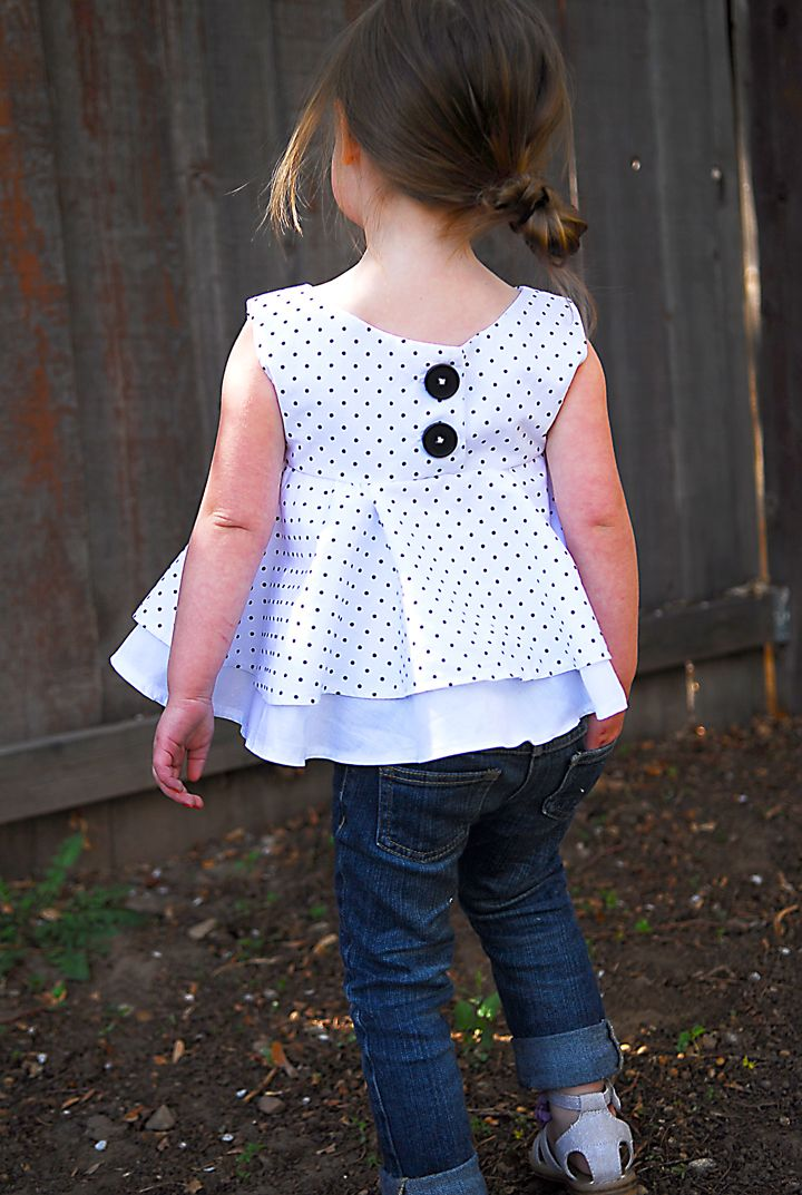Adorable little girl's top tutorial.