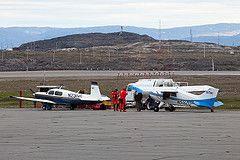 """Picture of Maggie, taken by a planespotter in Iqaluit. Around the world in 80 days with a small airplane. Book of Johannes Burges: """"360 Grad westwärts - Im Propellerflugzeug in 80 Tagen um die Welt"""" http://360grad.burges.de/planespotter"""