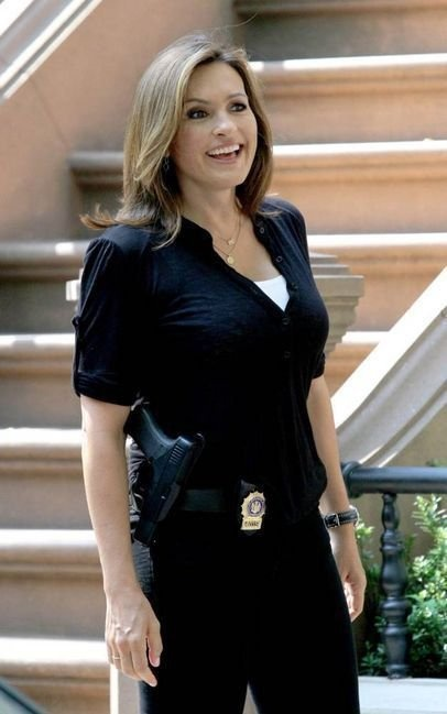 Mariska Hargitay, aka Olivia Benson - Of Law and Order SVU fame is a really strong representation of women in the media. She isn't the typical female character we see on a television show. Olivia has a lot of power in the work place and her opinion matters. She is an important detective in her precinct, people respect her. However, she is depicted as being obsessed with her job and unable to hold down a relationship with a man which is clearly shown as a negative thing.
