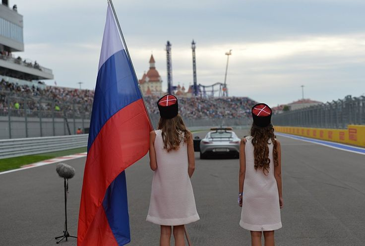 #GridGirls during the driver presentation ceremony at the #F1 Russian Grand Prix in Sochi.