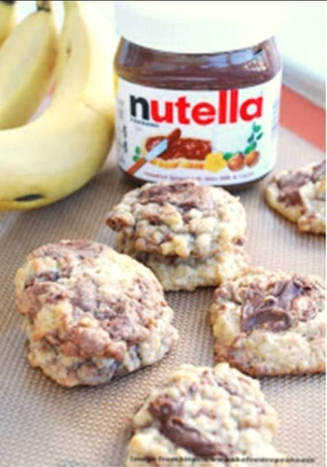 Banana Nutella Cookie | Delicious Lactation Cookies Recipes That Actually Work | Lactation Cookies Recipe | Increase Breastmilk Supply Fast | https://theabsoluteparent.com/lactation-cookies-recipes/