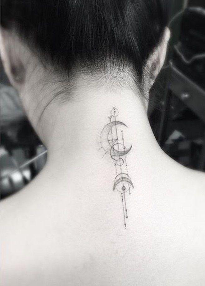Você é iniciante nesse~negócio~ de tatuagem? A nuca pode ser uma boa região para começar a rabiscar. A posição estratégica permite...