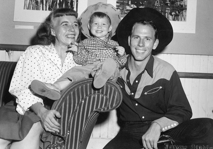 Ron Howard and parents (Rance Howard)