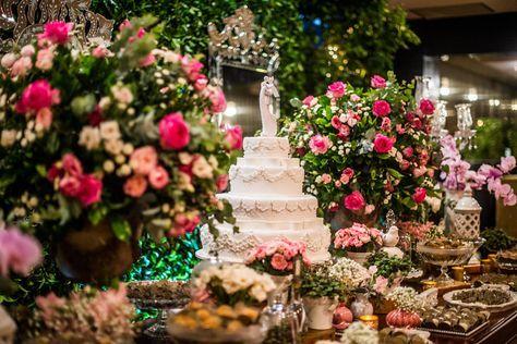 Aline e Gabriel trocaram votos no Tivoli São Paulo – Mofarrej em um casamento rústico-chique cheio de detalhes especiais!