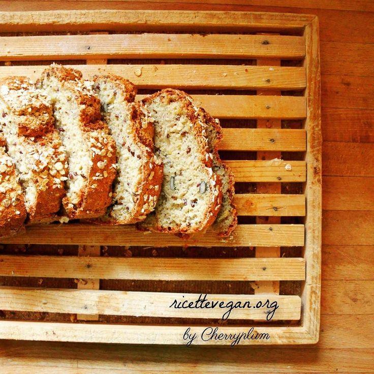 Pane di quinoa. La ricetta qui: http://ift.tt/2bLkSF9  #vegan #veganfood  #vegano #veganfoodporn #vegetarian #vegansofinstagram #veganfoodshare #crueltyfree #veganism #ricettevegane #ricette #ricettevegan #ricettepervegani #govegan #quinoa