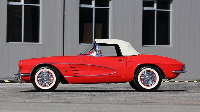 1961 Chevrolet Corvette Convertible 283/315 HP, 4-Speed presented as lot F161.1 at Houston, TX 2016 - image2