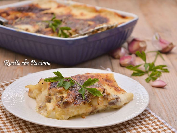 Lasagne ai Funghi Porcini bianche con besciamella