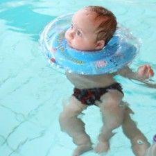 Getest door BabyStuf Testteam: Baby Swimmer | Babystuf