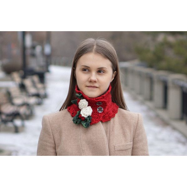 Red Christmas Rose scarf, Red with ivory white Christmas Roses, Green... (£36) ❤ liked on Polyvore featuring accessories, scarves, green shawl, crochet shawl, red scarves, green scarves and ivory shawl