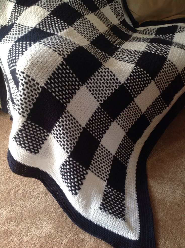 Tartan crochet blanket. I love the gingham look.