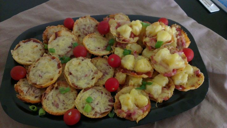 Mini Pizza's on Tortilla base Small or Large Platters Pepperoni/Ham Pineapple