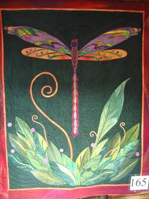 """Dragonfly quilt, """"Summer Celebration"""" by Jean Wells.: Dragonfly Illustrations, A Mini-Saia Jeans, Quilts Inspiration, Summer Celebrity, Dragonfly Summer, Dragonfly Ideas, Dragonfly Quilts, Jeans Well, Art Quilts"""