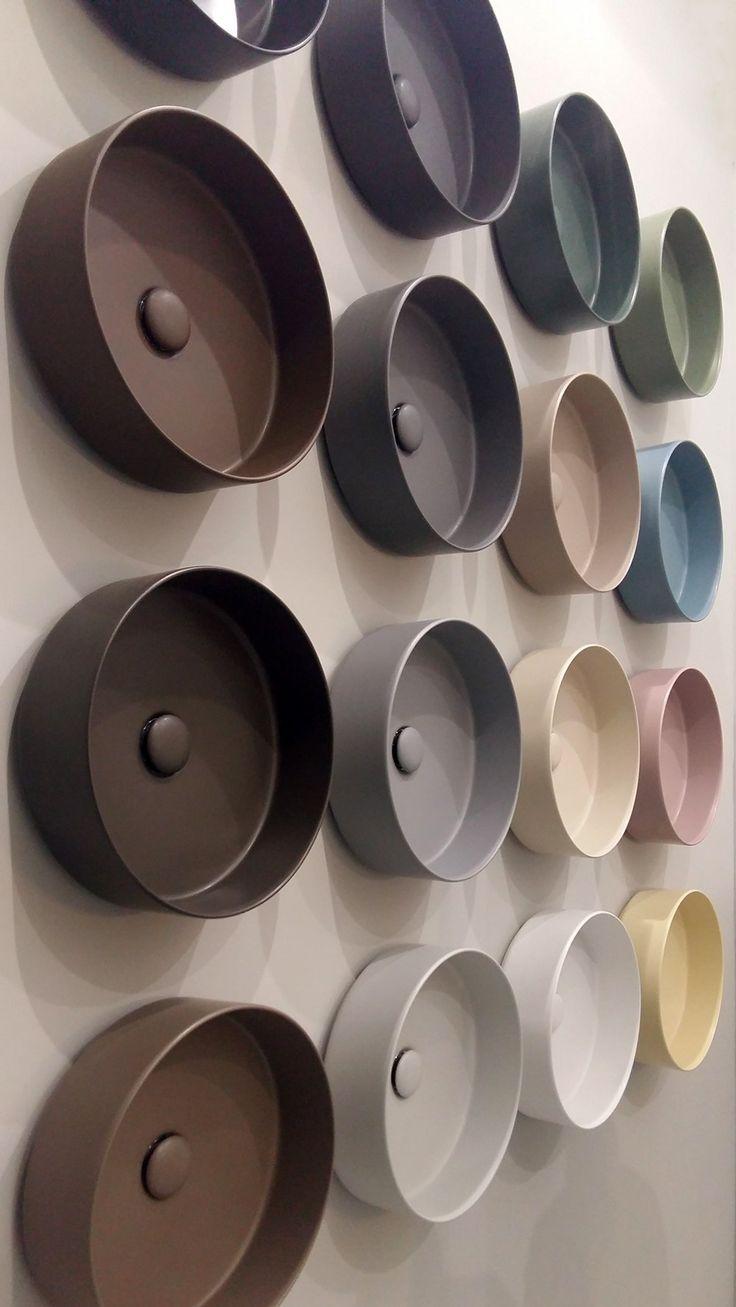 Salone del Mobile 2016 - i colori dei lavabi di Ceramica Cielo. Basta sanitari bianchi!