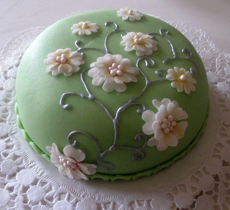 Malý zelený dort Little green cake