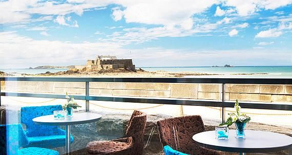 4-star hotel Oceania Saint Malo: spacious rooms in front of the sea and beach!