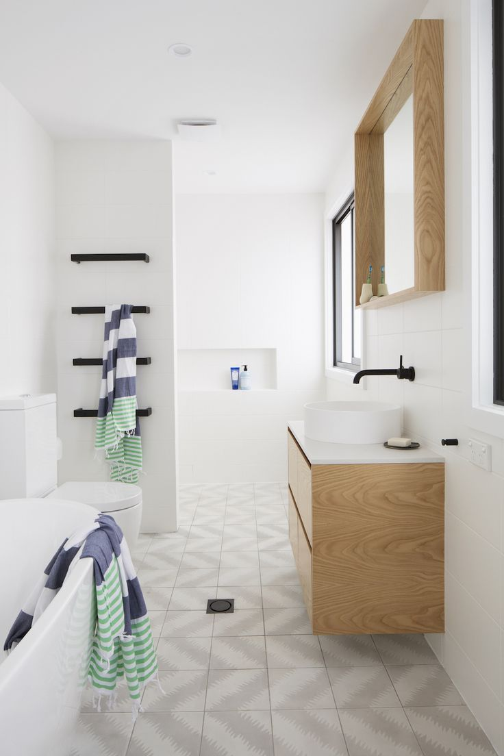 Vaucluse bathroom by Kate Connors Interiors.