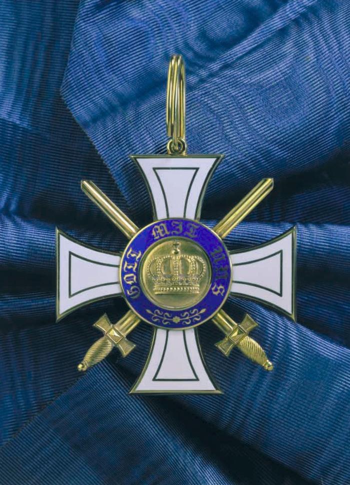 ORDER OF CROWN OF PRUSSIA |    https://de.pinterest.com/pardogatto/prusia/