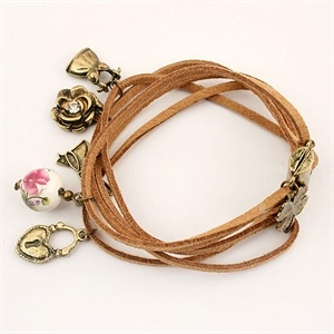BraceletHeart Lockets, Four Leaf Clovers, Leather Charms, Rose Vintage, Clovers Heart, Charm Bracelets, Vintage Leather, Jewelry, Charms Bracelets