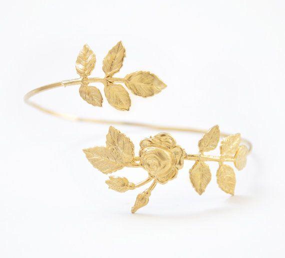 Bracelet fleur en or Rose Bracelet Wrap or Bracelet par avigailadam