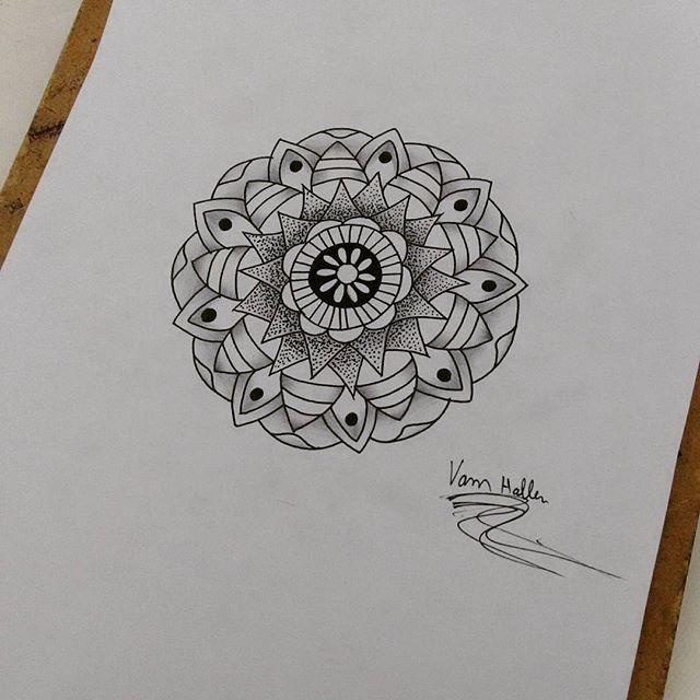 Mandala disponível para tatuar, #rasta #rastatattoo #vamhallen