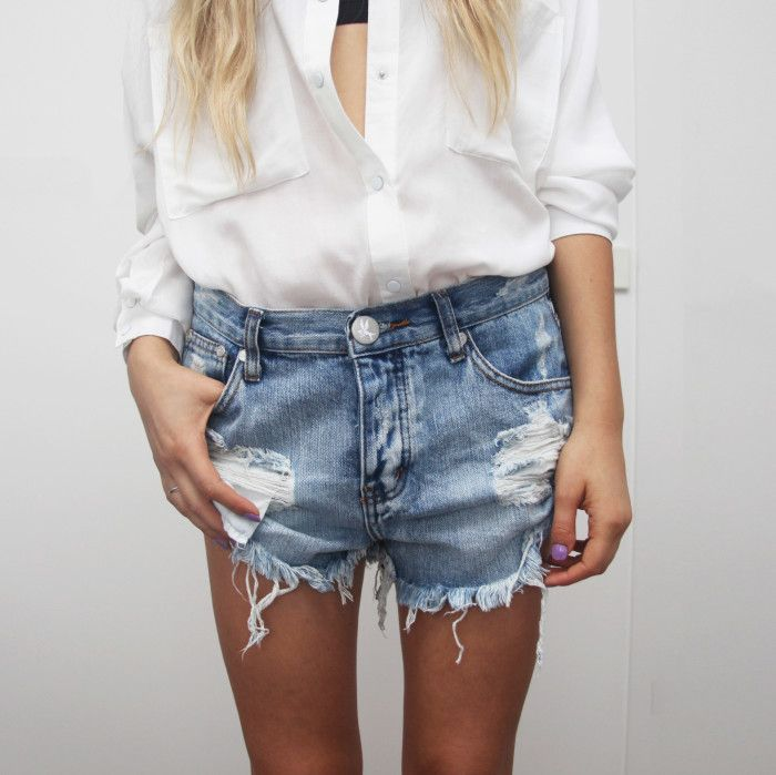 i want to live in jean shorts and white tshirts.