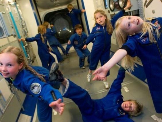 Leer alles over de ruimte en de ruimtevaart in Space Expo. Hier lijkt iedereen op André Kuipers! Maak een reis langs verre planeten en prachtige Melkwegstelsels in de tentoonstelling van Space Expo. DagjeWeg.NL geeft elke maand twee vrijkaarten weg!