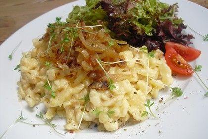 Cremige Käsespätzle, mit Röstzwiebeln, ein schönes Rezept aus der Kategorie Pasta & Nudel. Bewertungen: 88. Durchschnitt: Ø 4,3.