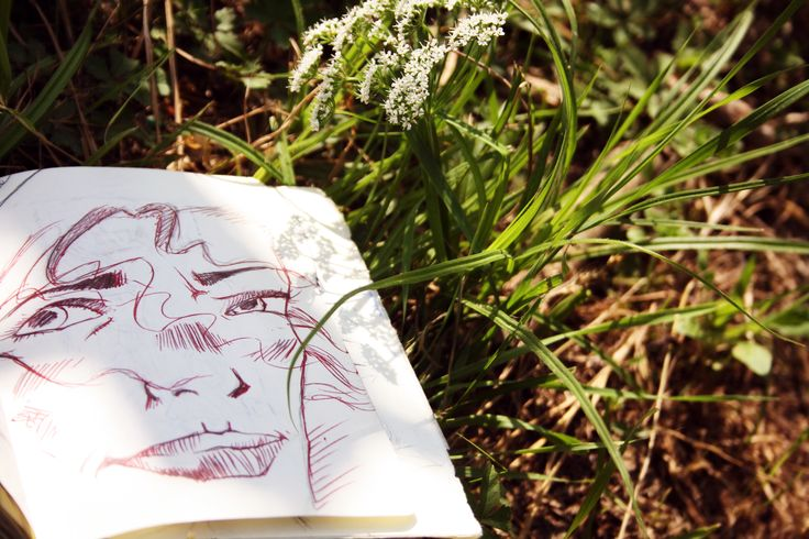 △ △ △  Manara Moment  △ △ △ #MiloManara #MaurilioManara #Manara #ManaraMoment #ispiration #manarawoman #Sun #dreamsun #woman #girl #flowers #sketch #eyes #sketchbook #wip #skethbooks #draw #drawing #pen #red #ink