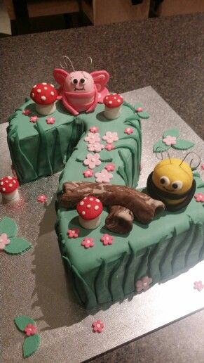 Didi & B Cake