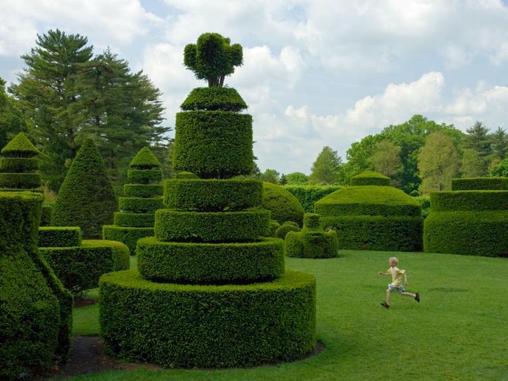 See beautiful works of garden art from botanical gardens across the country.