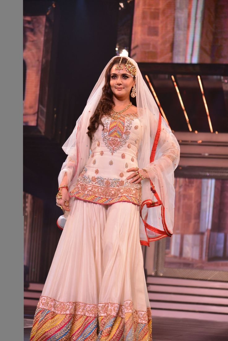 Preity Zinta walking for  Diva'ni  , a Bollywood-inspired fashion brand