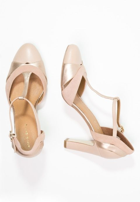 Pumps Nude In 2018 Dressing Up For Wedding Time Pinterest
