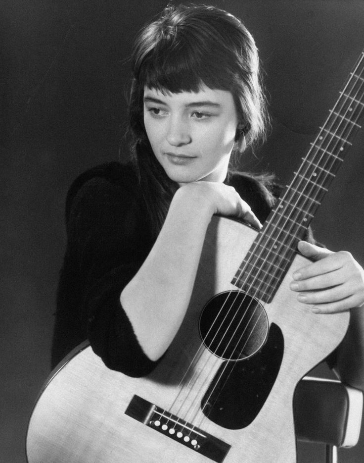 """Karen Dalton - """"A cult singer, 12-string guitarist, and banjo player of the New York 1960s folk revival, Karen Dalton still remains known to very few, despite counting the likes of Bob Dylan and Fred Neil among her acquaintances."""""""
