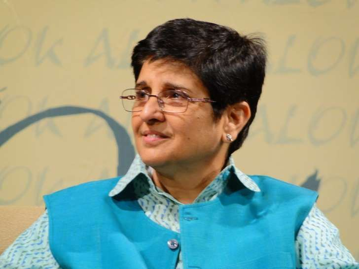 Recipient of Ramon Magsaysay Award in Government Service, a Police Medal for Gallantry with a post-Doctoral Nehru Fellowship on Tihar Prisons, this woman has the mind of steel and the will power of concrete. Yet with a heart as soft as a feather, she lovingly adores her daughter. Kiran Bedi has proven it to the world that a woman can be out of the house even for 24 hours and yet manage her household without a flaw.