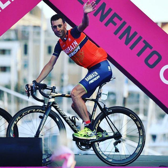 """Nibali: """"Abbiamo seminato bene, ora è arrivato il momento di raccogliere, siamo pronti. La motivazione c'è e il gruppo è fantastico"""". #Giro100"""