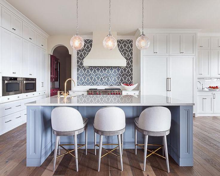 Best Large U Shape Kitchen With Sherwin Williams Eider White 400 x 300